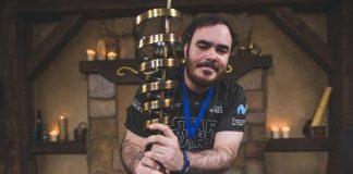 Dalesom con el trofeo de ESL Masters