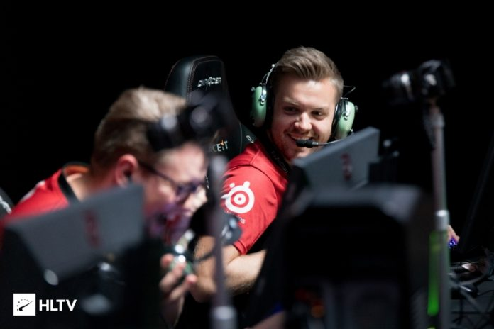 FaZe clasificado para el Playoff de FACEIT Major 2018 tras vencer a G2