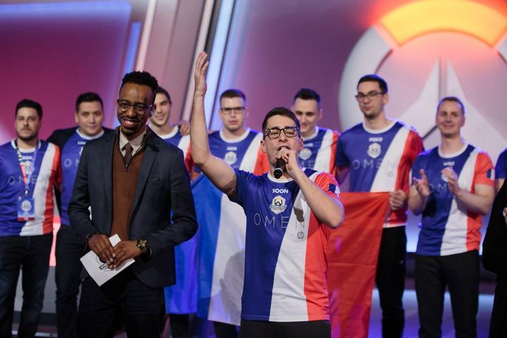 SoOn celebrando su victoria con el Team France en la World Cup 2018.