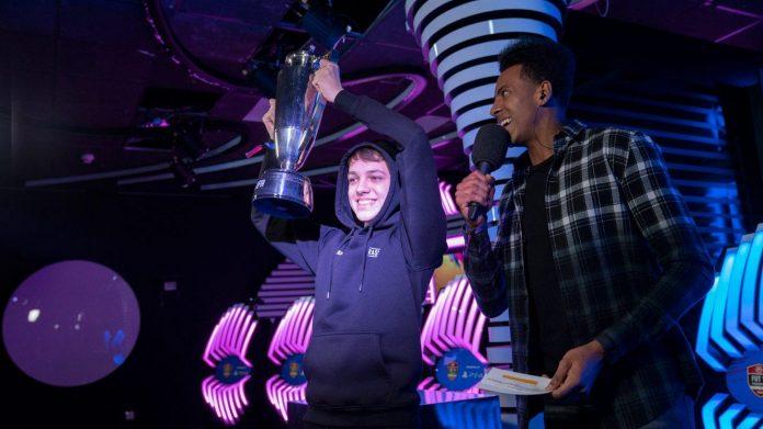 Donovan Hunt (F2Tekkz) se alza con la segunda Copa FUT Champions de su carrera
