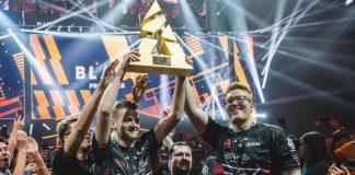 FaZe Clan levanta el trofeo de campeón de la BLAST Pro Series Miami 2019.