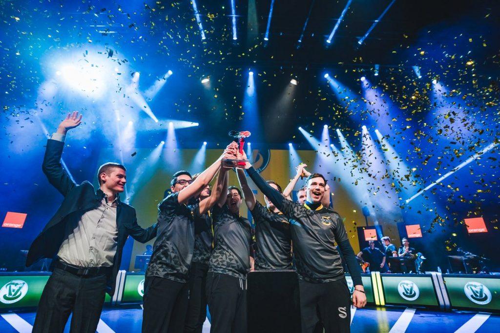 Splyce Vipers levanta el trofeo de SLO
