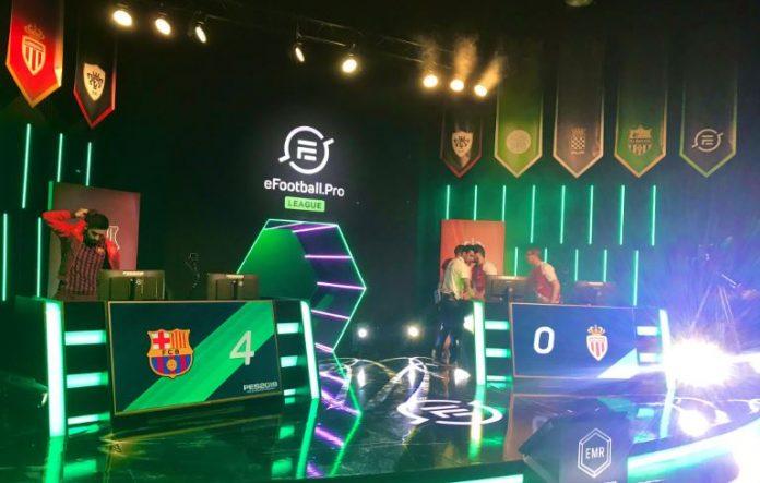 Captura del escenario del Monaco vs Barcelona eFootball.Pro League