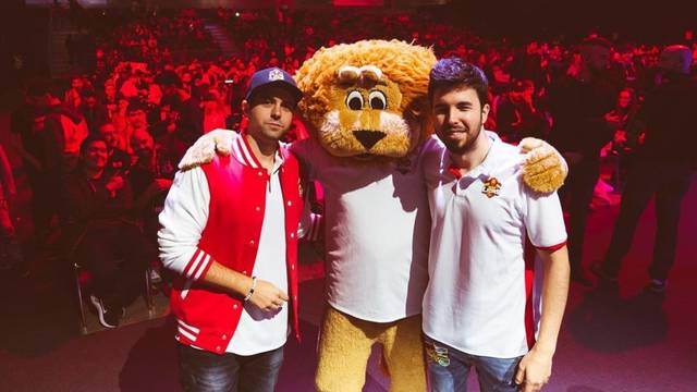 Youtubers con MAD Lions