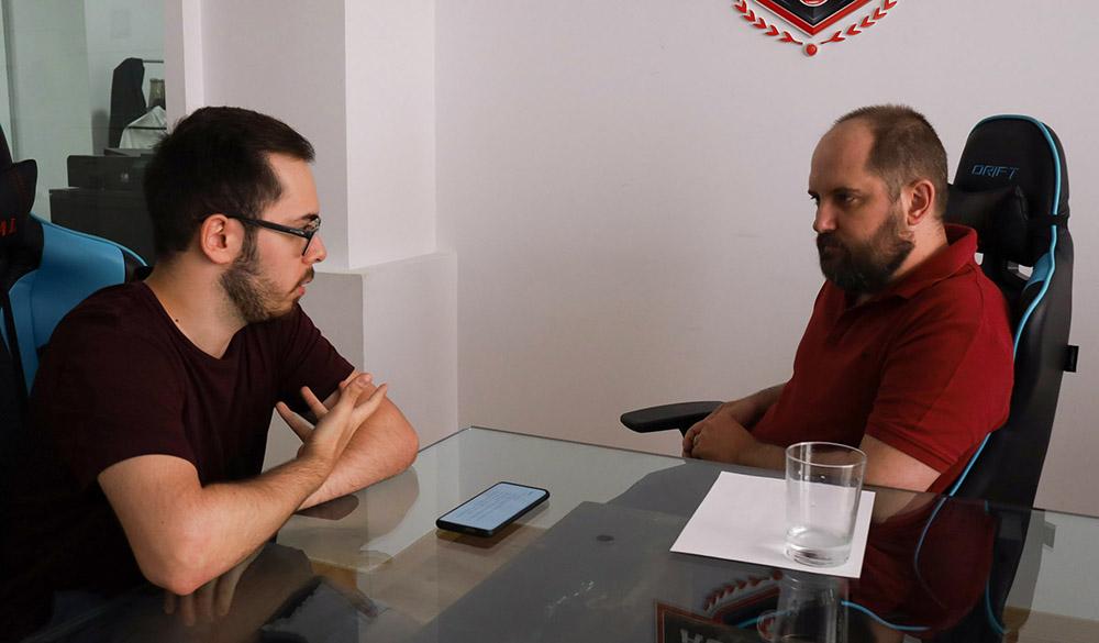 Miguel Flores y José de Matías, Director Académico de The Global Esports Academy