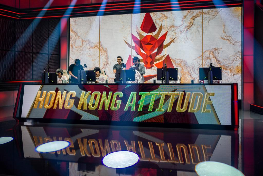 Hong Kong Attitude en el escenario del P^lay-In