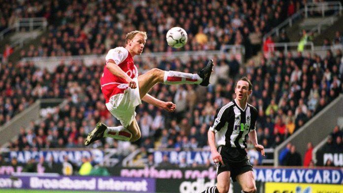 Dennis Bergkamp, la elegancia al servicio del fútbol